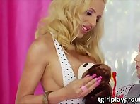 Tranny babes Sparky and Juliette in hardcore ass banging and rimming